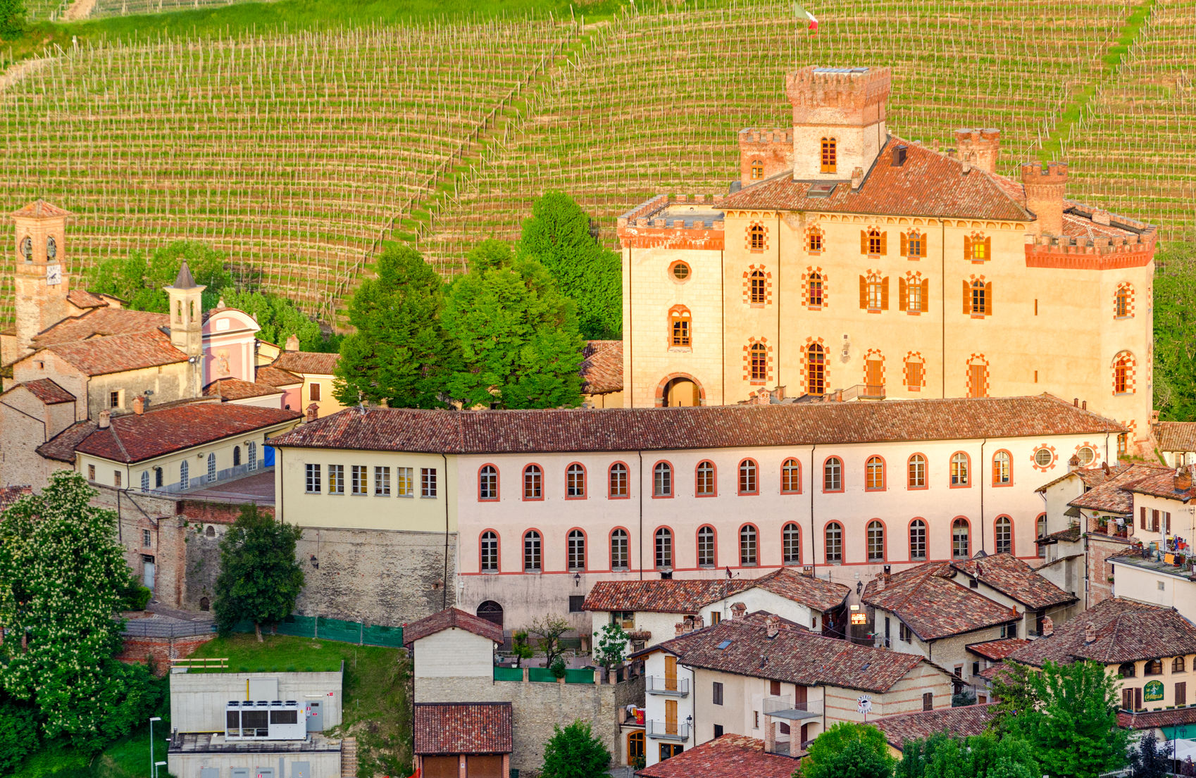 Exclusive Dinner Reservations at a Barolo Castle in Piedmonte